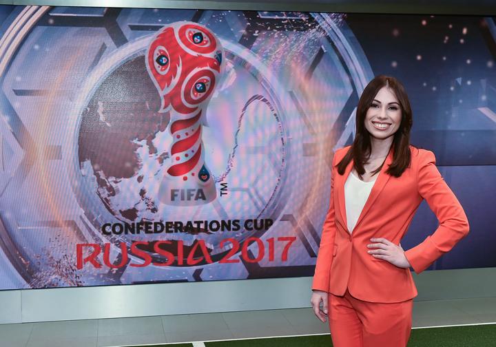گزارشگر زن معروف روس مجری قرعه کشی جام جهانی2018 شد+عکس ها