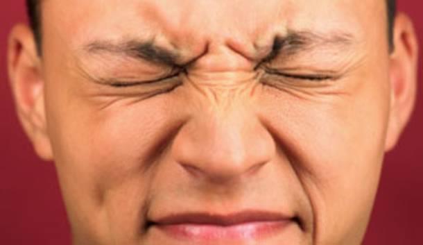 درمان تیک عصبی صورت پرپر کردن پلک چشم لرزش در صورت