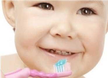 پوسیدگی دندان,پوسیدگی دندان در دوران شیرخوارگی,پوسیدگی دندان در کودکان
