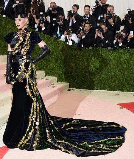 تصاویری از مراسم Met Gala 2016,مدل لباس در مراسم مت گالا Met Gala 2016