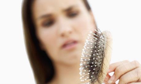 جلوگیری از ریزش مو سر زنان