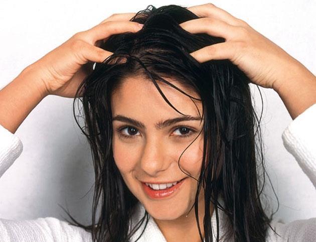 تقویت و جلوگیری از ریزش مو زنان