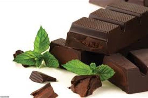شکلات سیاه خوراکی های تحریک کننده زنان