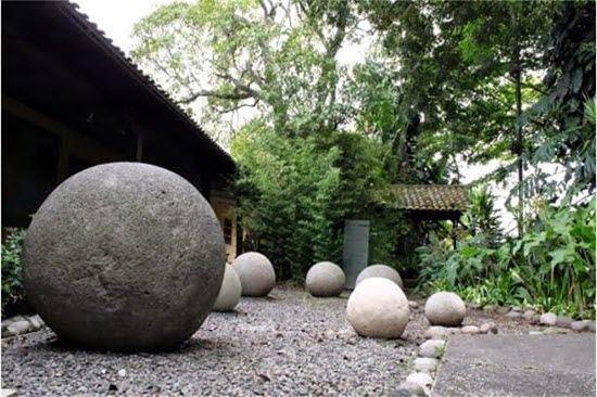معماهای حل نشده توسط علم-گویهای سنگی کاستاریکا