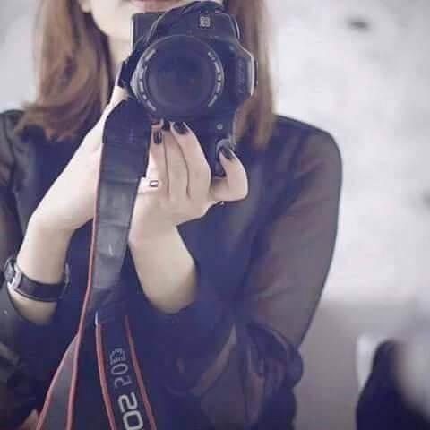 عکس پروفایل دخترونه در حال عکاسی از آیینه