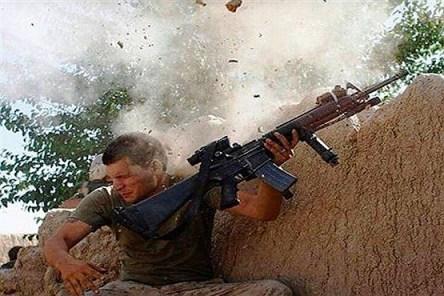 شباهت عجیب سرباز امریکایی به علی دایی (عکس)