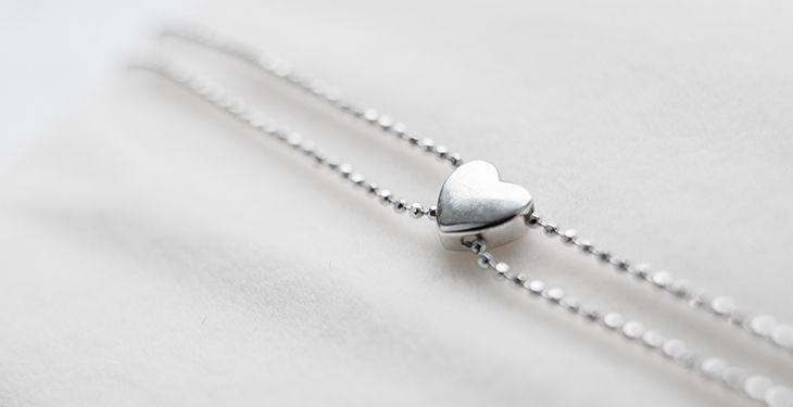 هدیه ای جالب که یک خانم را خوشحال می کند