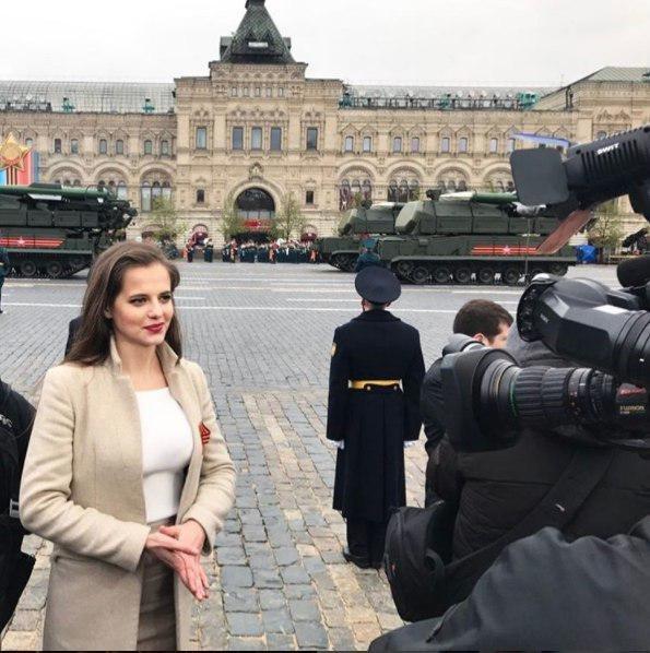 (عکس های) زن 26 ساله سخنگوی وزارت دفاع روسیه شد