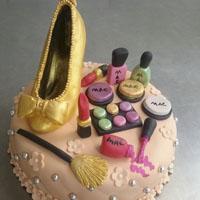 مدل های کیک تولد فانتزی دخترانه جدید
