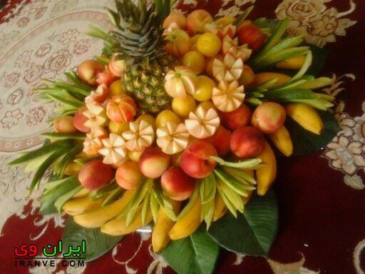 تزیین میوه شب یلدا با آناناس و موز