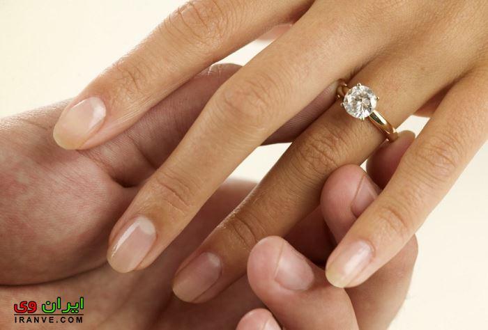 دست کردن حلقه ازدواج عروس و داماد