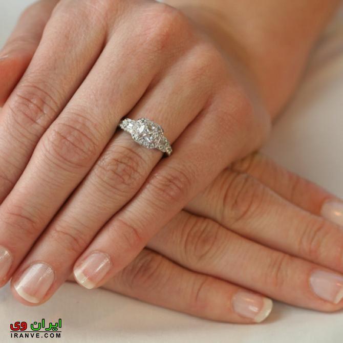 عکس حلقه نامزدی در دست عروس و داماد