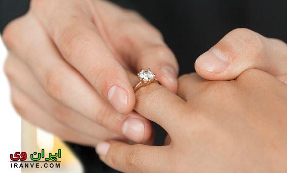 عکس های عاشقانه دست کردن حلقه ازدواج در مراسم عروسی