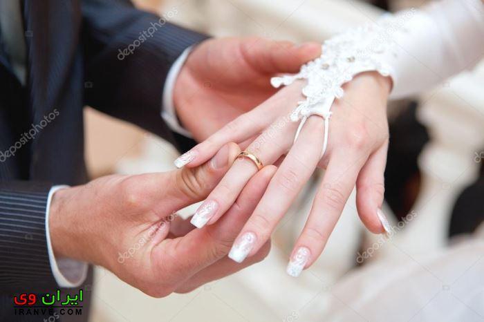 دست کردن حلقه عروس توسط داماد