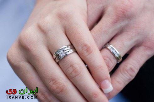 حلقه های ازدواج در دست عروس و داماد