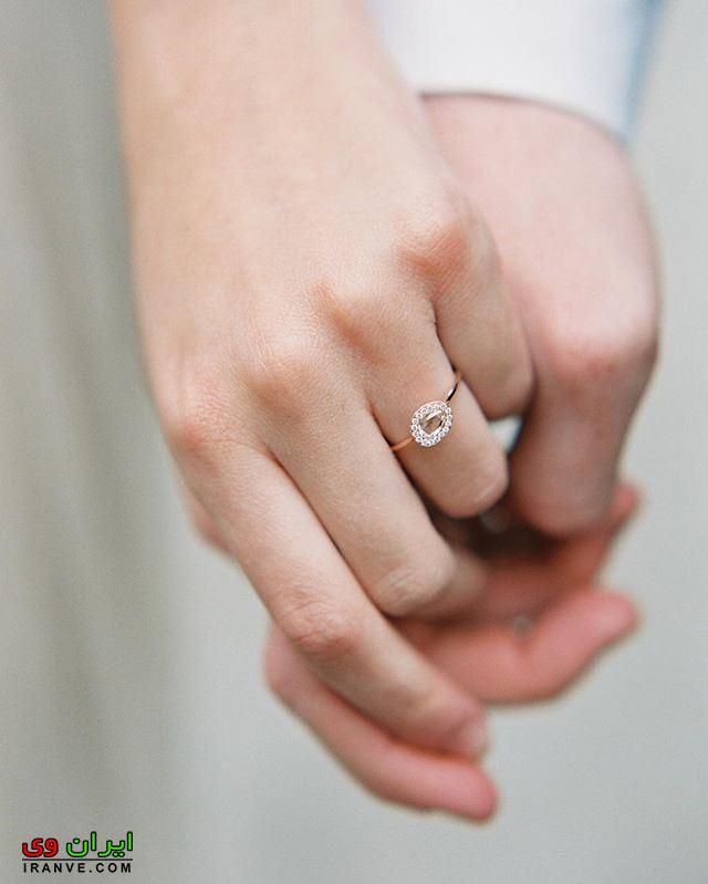 عکس حلقه نامزدی زن و مرد دست هم را گرفتن