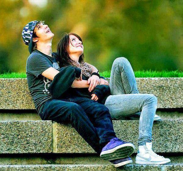 عکس پروفایل عاشقانه در بغل عشق