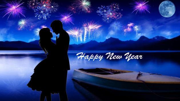 عکس پروفایل عاشقانه بغل کردن دختر و پسر کنار قایق دریا