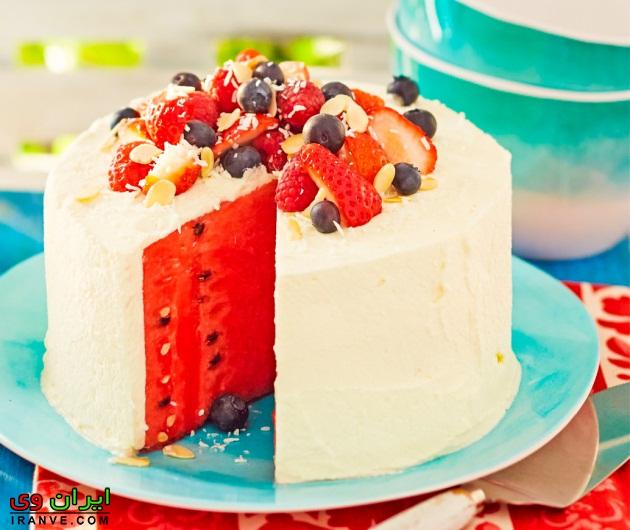 کیک تولد برای یلدا , متن روی کیک شب یلدا چی بنویسم؟