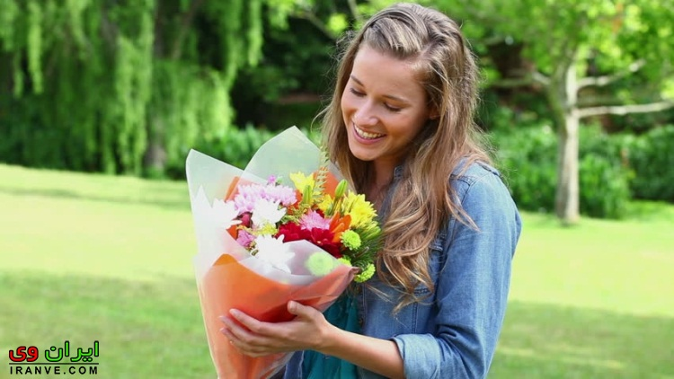 راهنما خرید کادو دختر برای ولنتاین هدیه واسه خانم ها