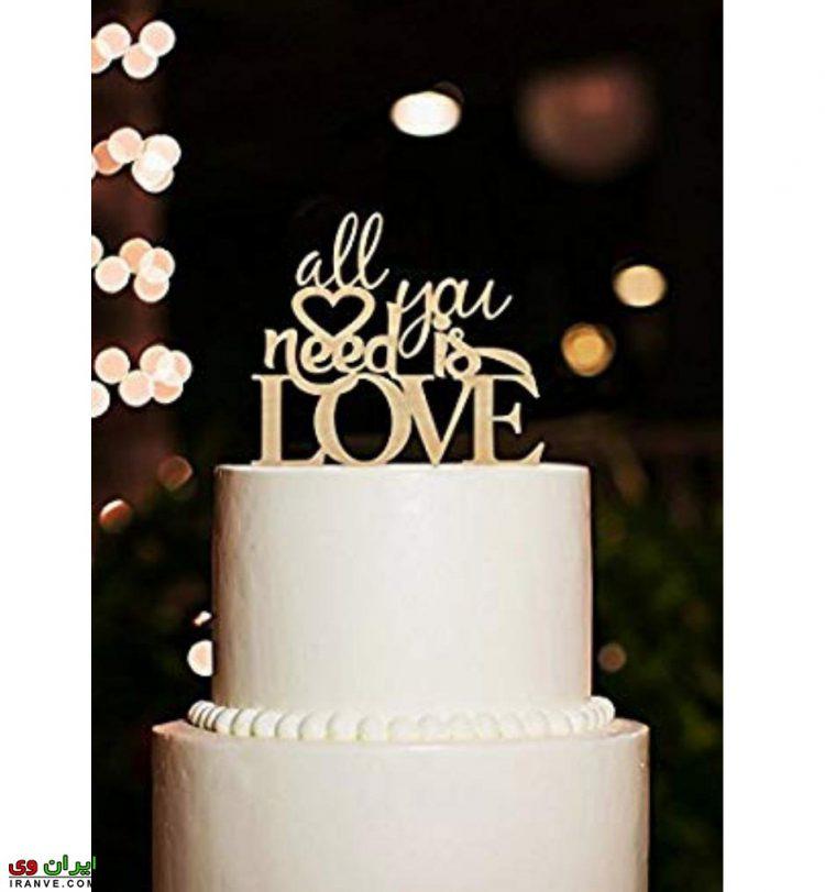عکس کیک ولنتاین دو طبقه سفید عاشقانه