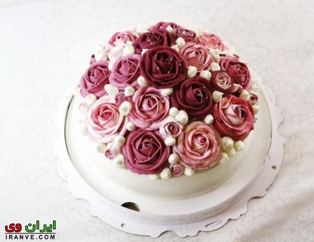 عکس کیک ولنتاین به شکل گل رز