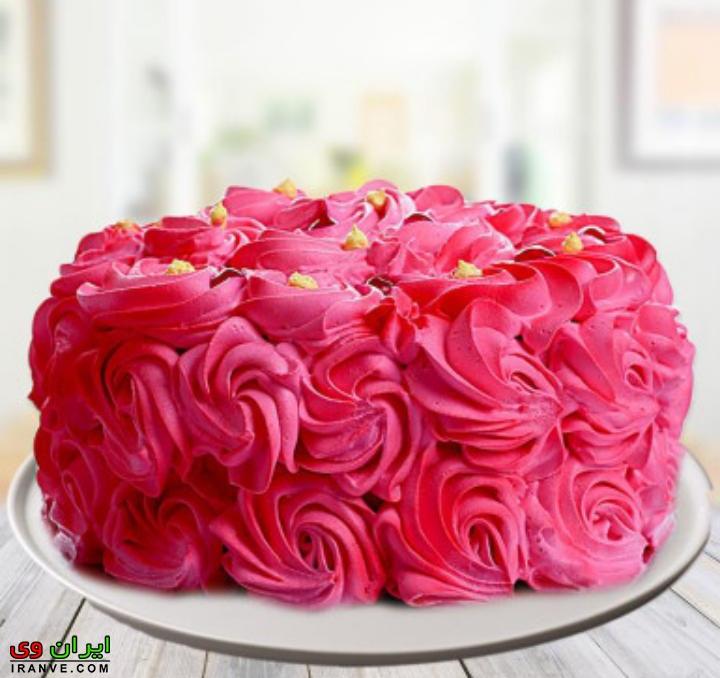عکس تزیین کیک ولنتاین به شکل گل رز