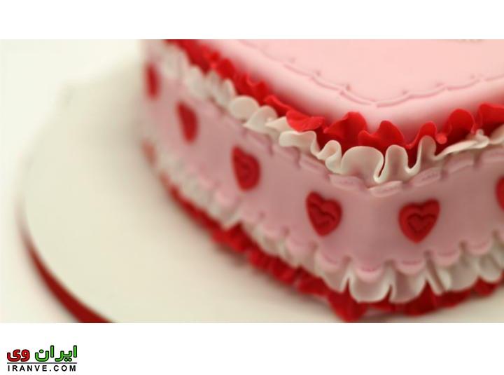 عکس کیک ولنتاین تزیین عاشقانه