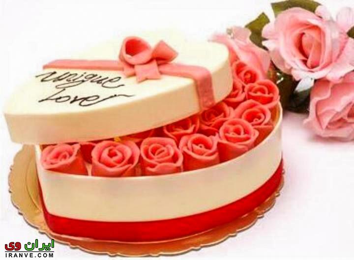 عکس کیک ولنتاین مدل جعبه گل