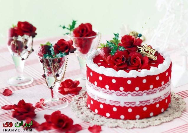 عکس کیک ولنتاین دو طبقه عاشقانه