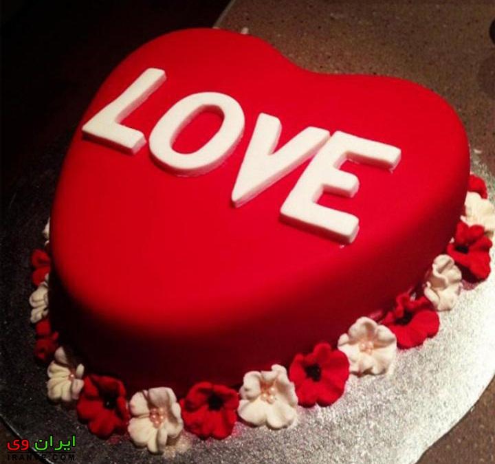 عکس کیک ولنتاین عاشقانه دونفره به شکل قلب love