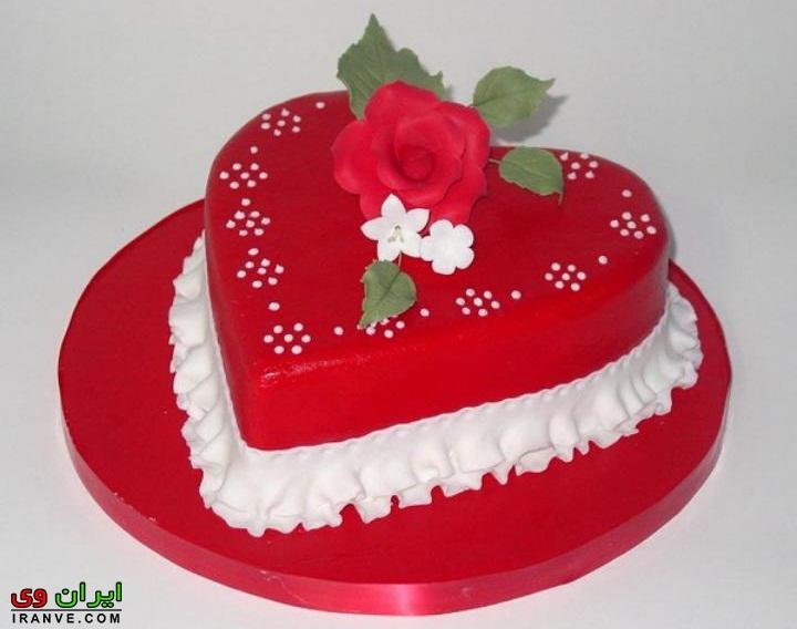 عکس کیک ولنتاین قلب قرمز