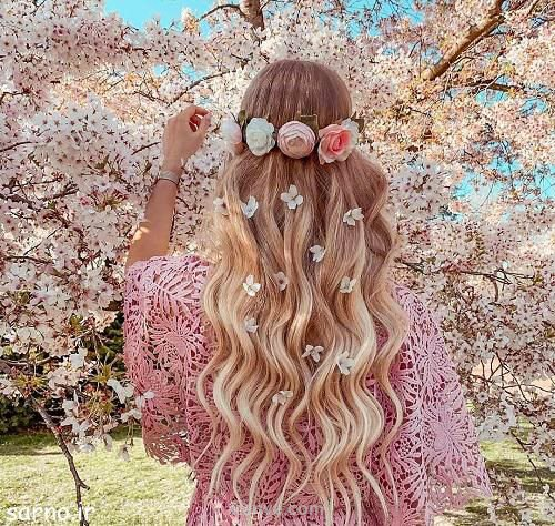 عکس دخترونه با شکوفه های بهاری صورتی برا پروفایل