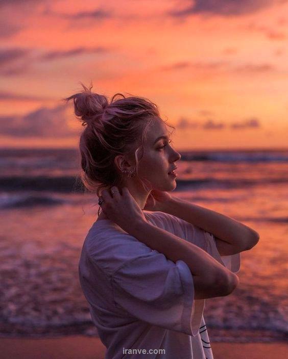 عکس پروفایل دخترانه در کنار ساحل غروب آفتاب