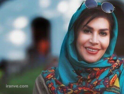 عکس خانم مجری با پوشش متفاوت