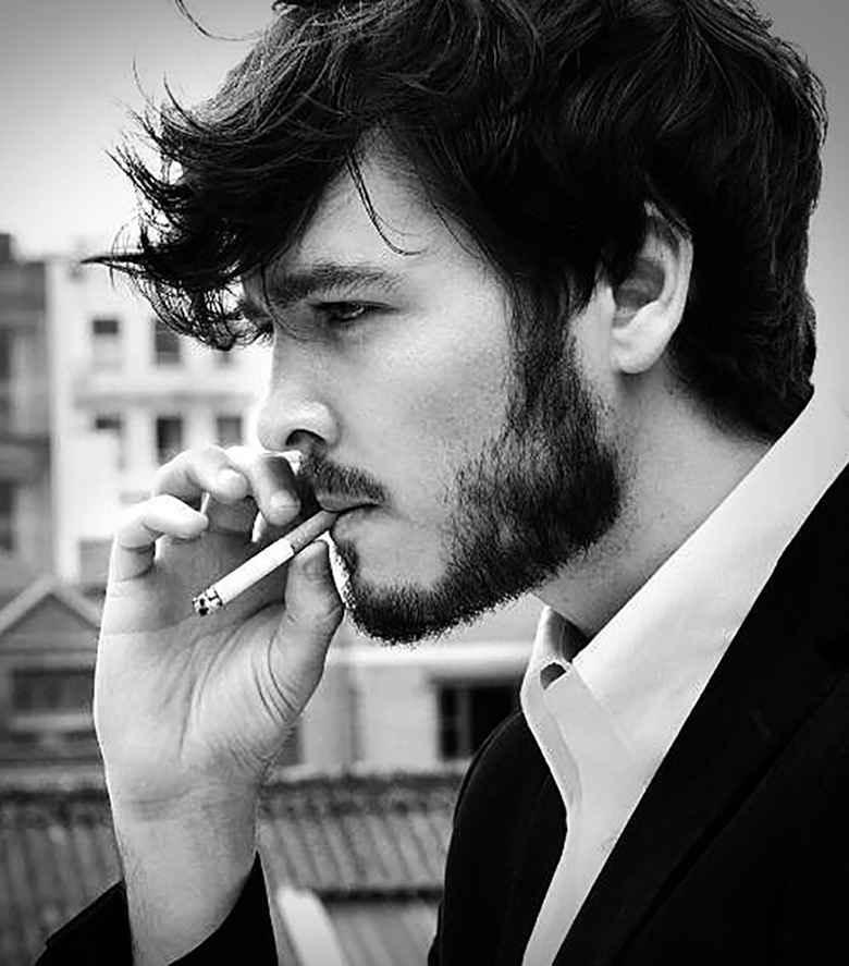 عکس سیگار در حال دود , عکس نوشته سیگار , عکس دختری که سیگار میکشه , عکس دختر که سیگار دستشه