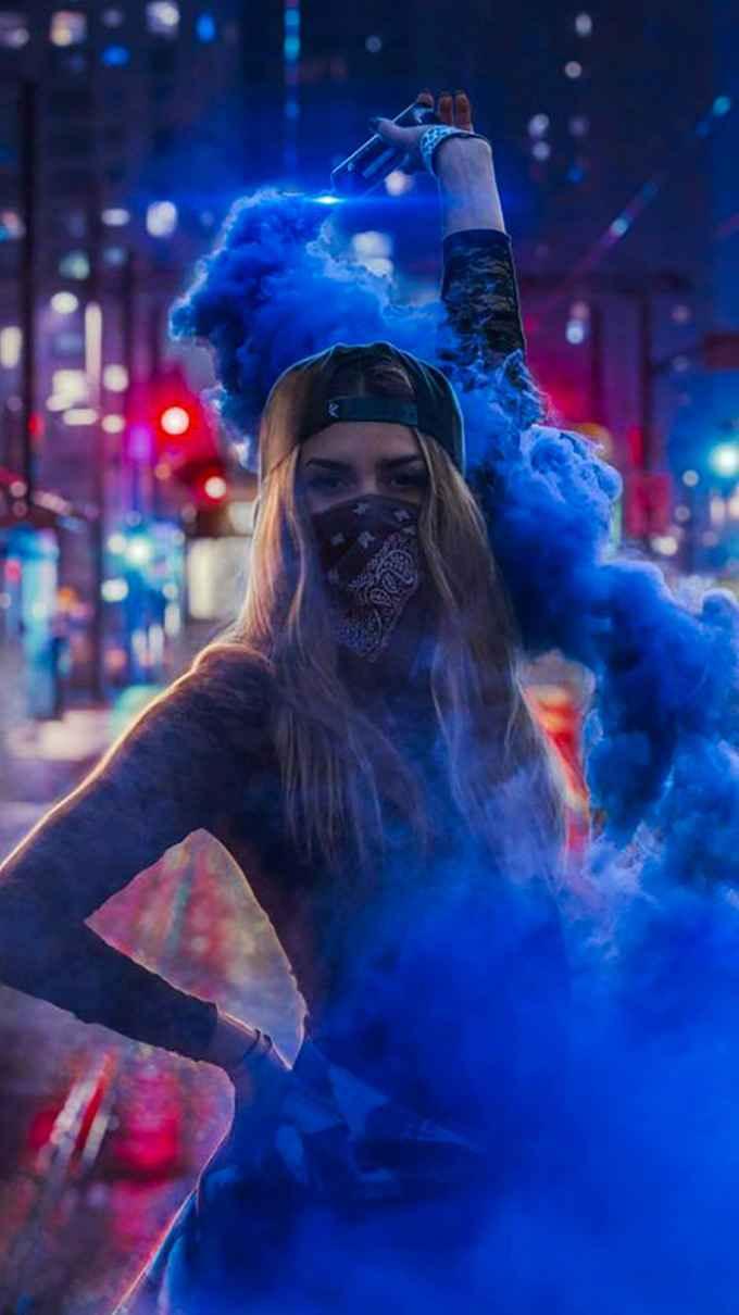 عکس سیگار قلب , عکس سیگار روی لب , عکس دختر تنها با سیگار